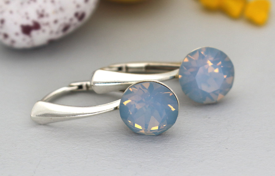 Perfect jewelry for every occasion; work, party, wedding or casual