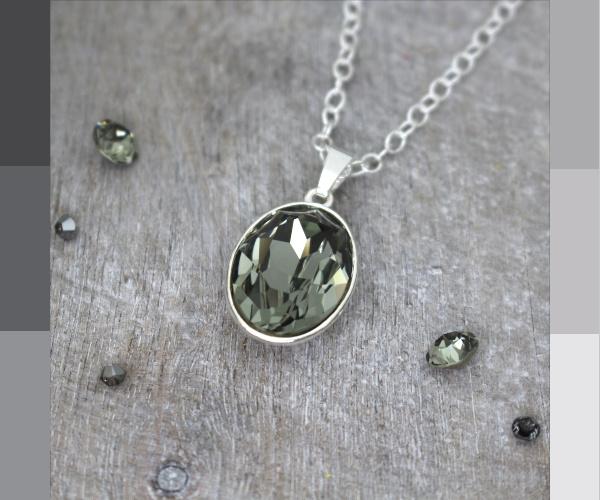 Sterling zilveren ketting met black diamond Swarovski kristal hanger