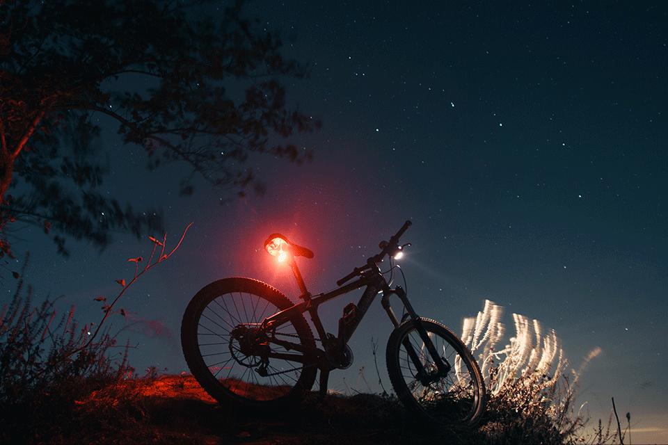 Fietsverlichting: Alles wat je moet weten over licht op de fiets!