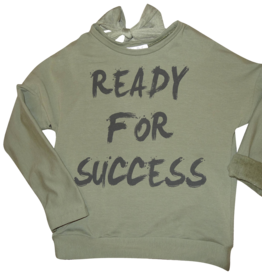 Elsy sweater ready for success