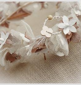Zoysan kroon ecru/beige bloem/blaadjes lint