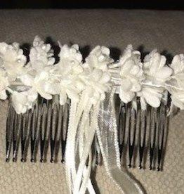 Zoysan haarspeld op kam met ecru bloemetjes