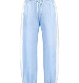 Elsy broek jog lichtblauw streep zij