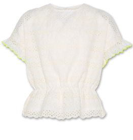 AO76 witte blouse ranya
