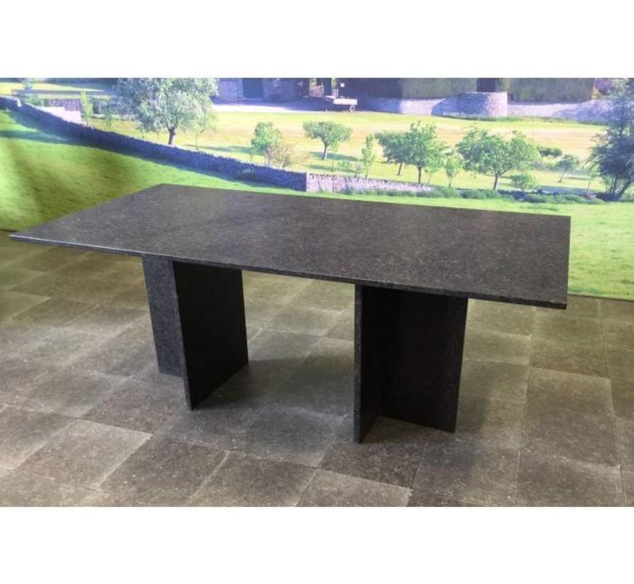 Turijn dining tuintafel 160x90xH75cm graniet pearl black satinado