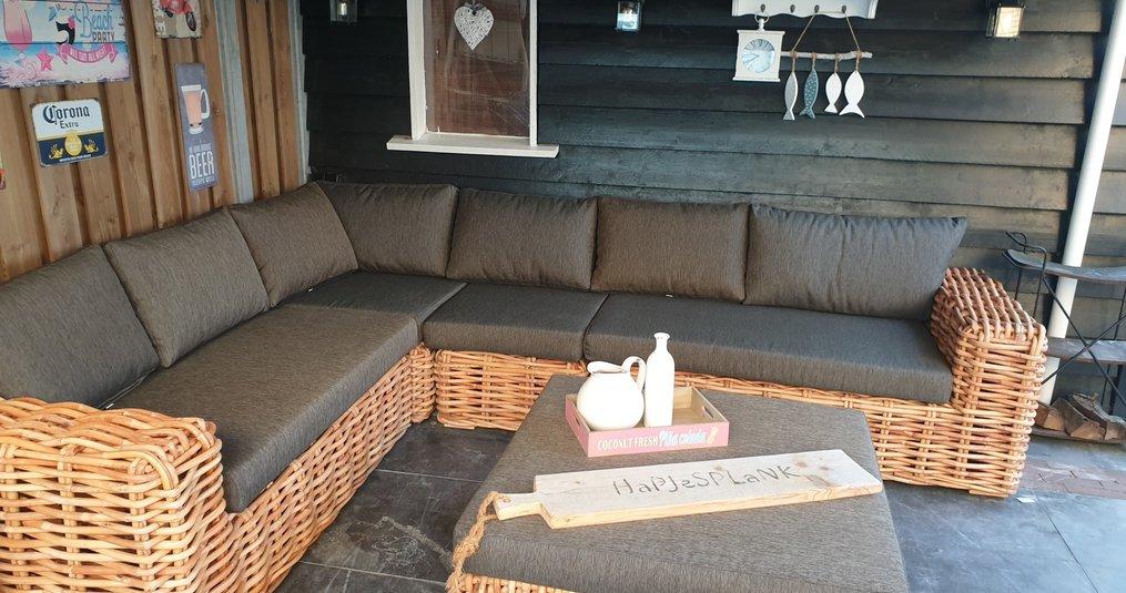 Genieten van je eigen tuin loungeset