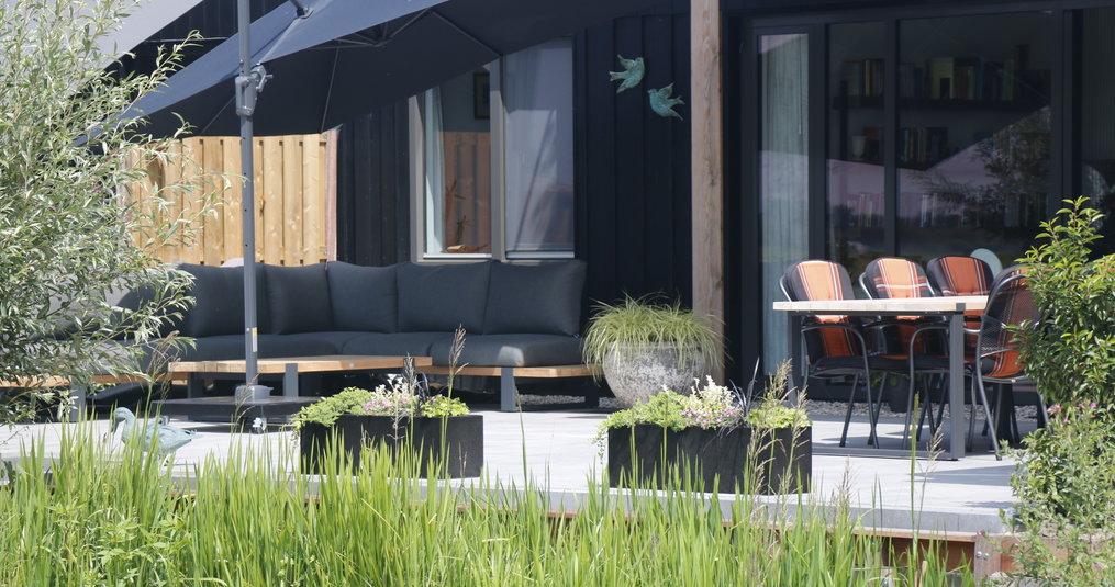 Hoe groot moet jouw nieuwe loungeset worden? Lees het hier!