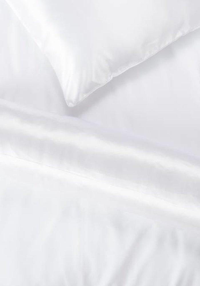 Satijnen Nekrol Wit 90x23 cm