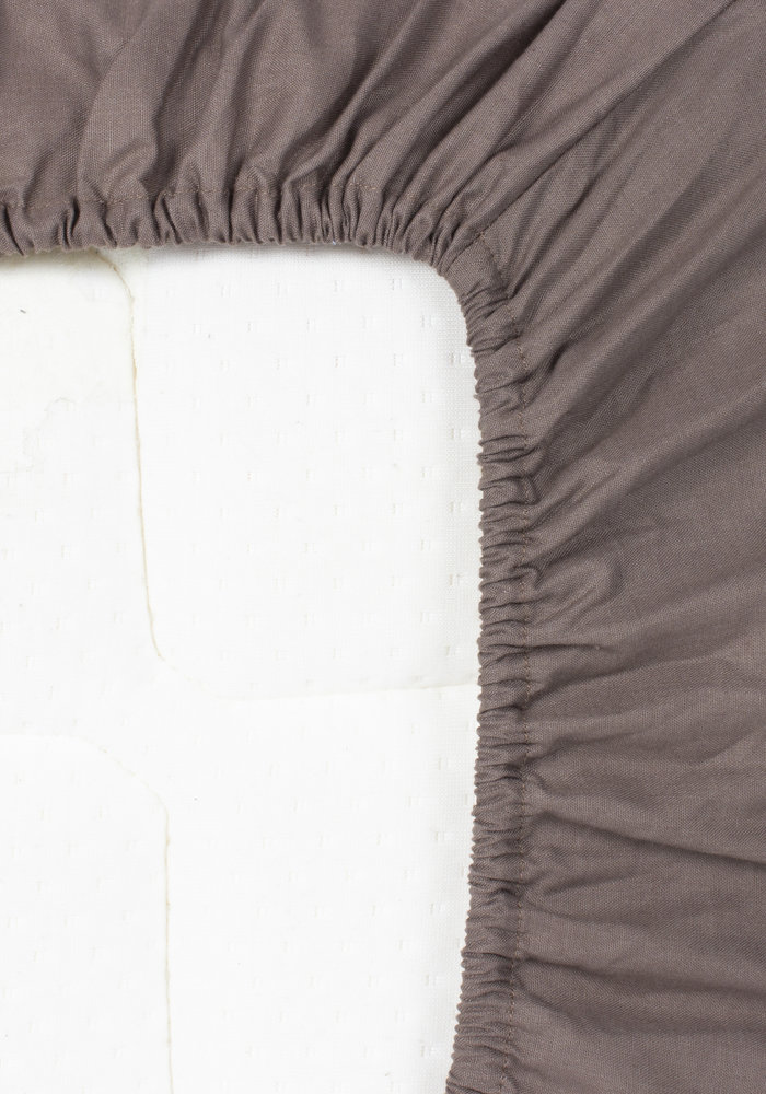 Hoeslaken Pierre Cardin Matras Taupe 28 cm Hoekhoogte