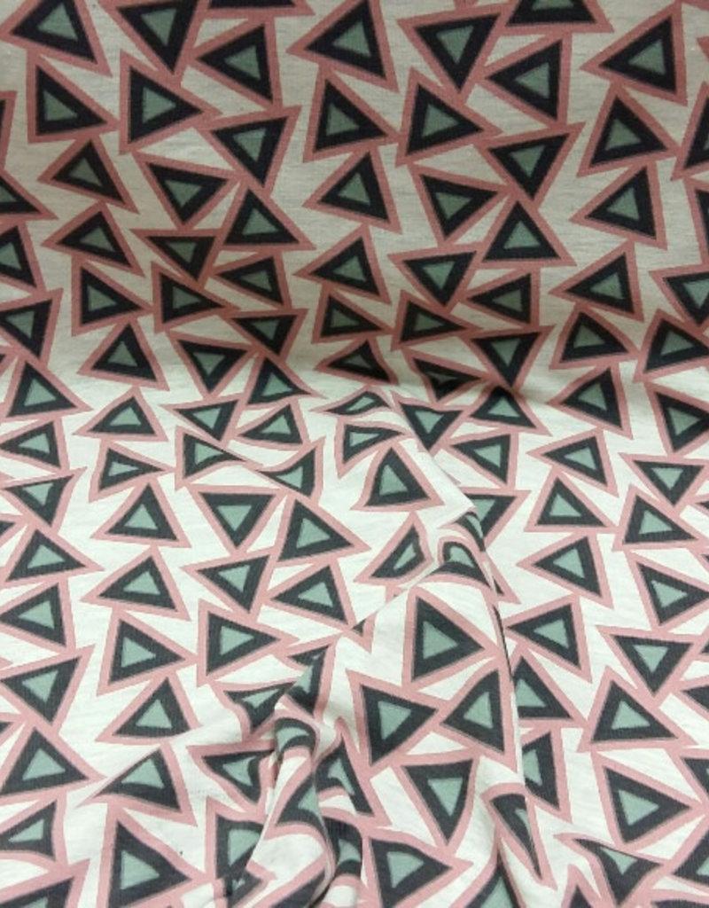 Triangles roos gemeleerd
