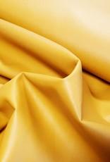 Leder geel