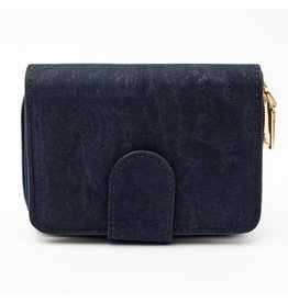 Captain Cork Woman's purse in dark blue made out of cork leather