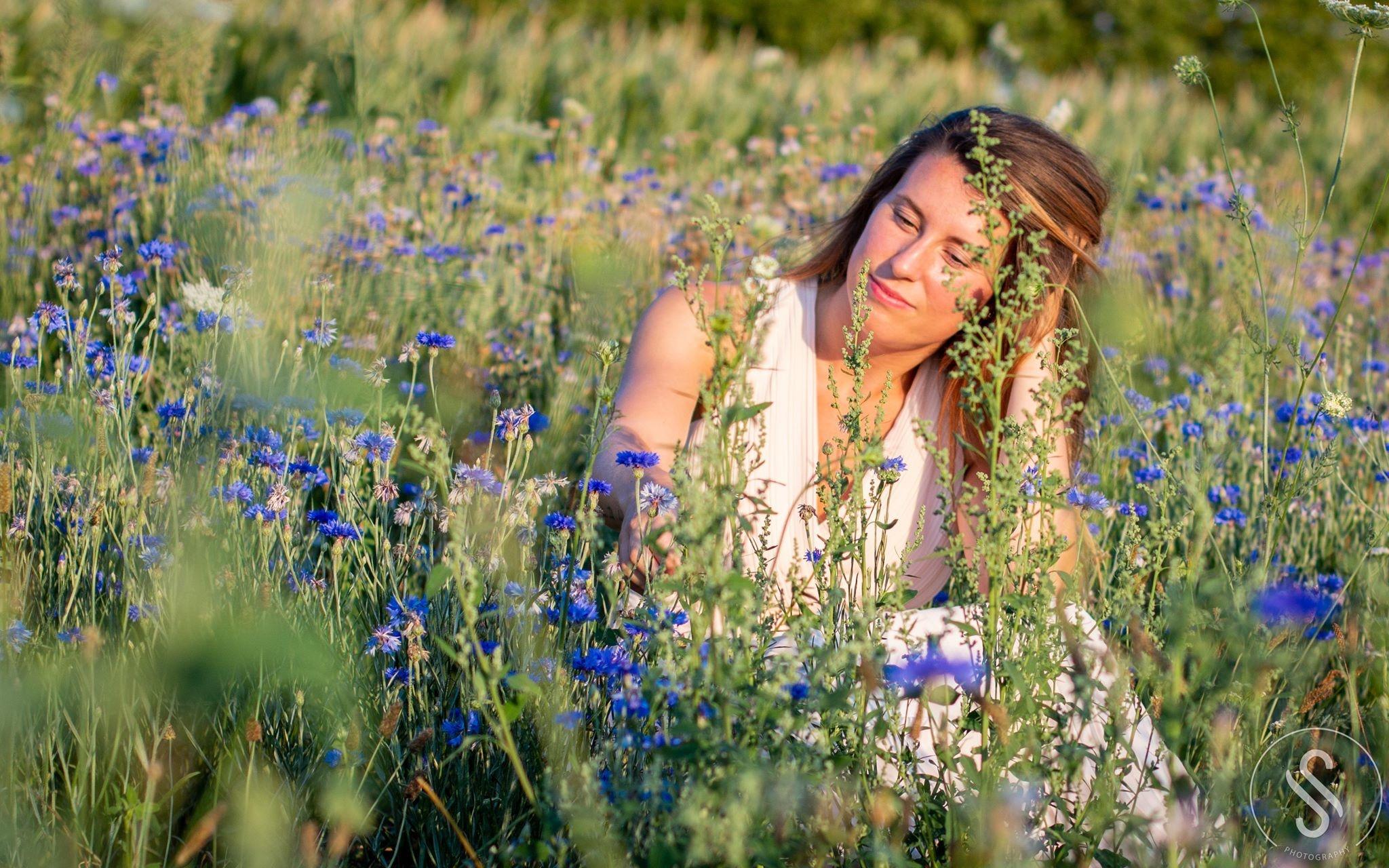 Jelske  verloor VANDAAG, 7 jaar geleden haar geliefde grootvader die haar de passie voor fotograferen door gaf.
