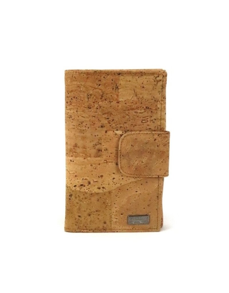 SHAUNY- Spacious wallet for credit cards in natural color