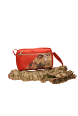 Captain Cork ANNA - Compact shoulderbag in red cork with big flowers and a zipper/Captain Cork Label
