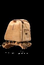 Captain Cork LES - Jouw corky reismaatje in natuurlijke kurkkleur met eigenzinnige, assymetrische schouderriem/Captain Cork Label