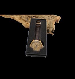 Captain Cork Watch light brown inside, light cork and dark brown cork straps