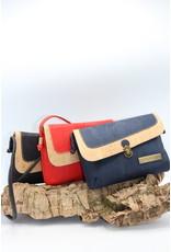 Captain Cork VEERLE - The corky black shoulder bag with small shoulder strap