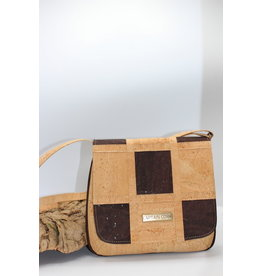 Captain Cork BECCA - Cork shoulder bag chess board dark brown / natural