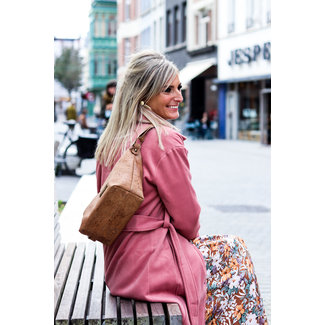 AURELIE - Beautiful Back Belt Bag out of cork