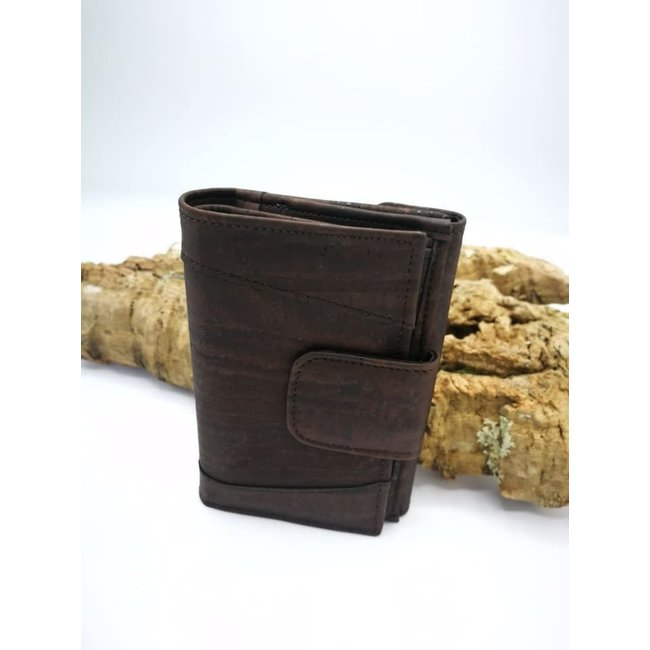 Captain Cork MARIT_DARK BROWN _ CORK wallet: cork wallet consisting of 9 parts with cork leather change bracket