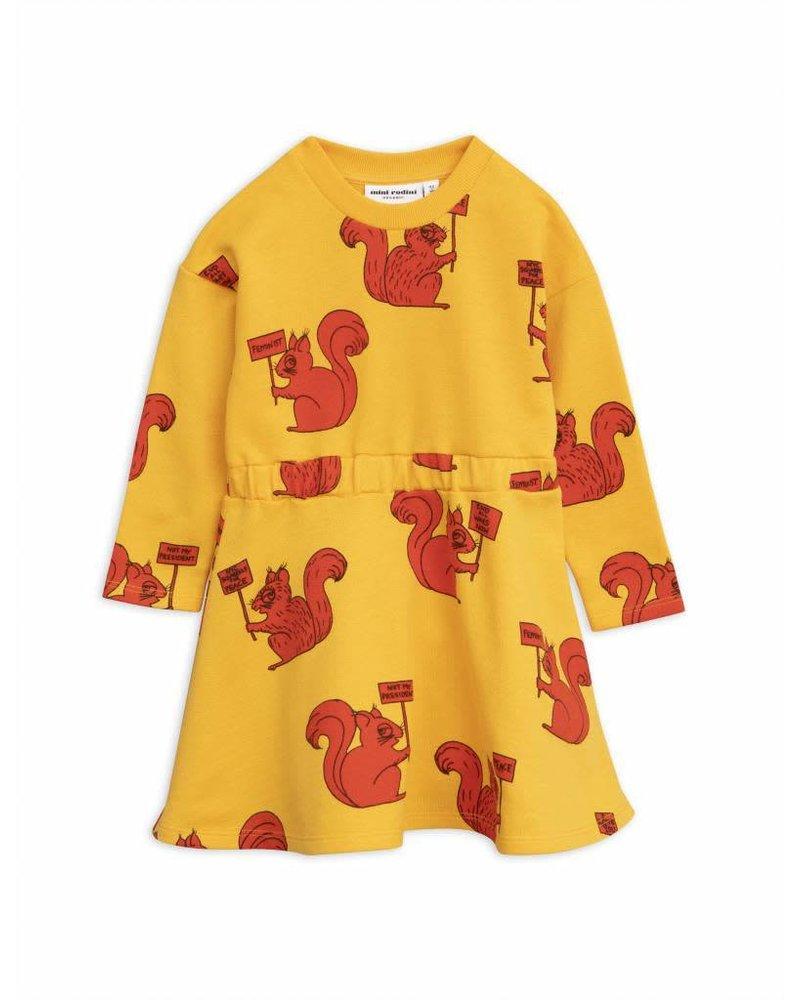 dress Squirrel - yellow