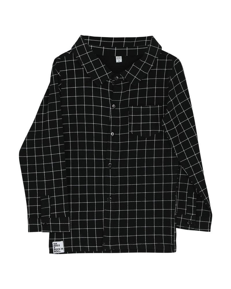 Shirt button - black lines