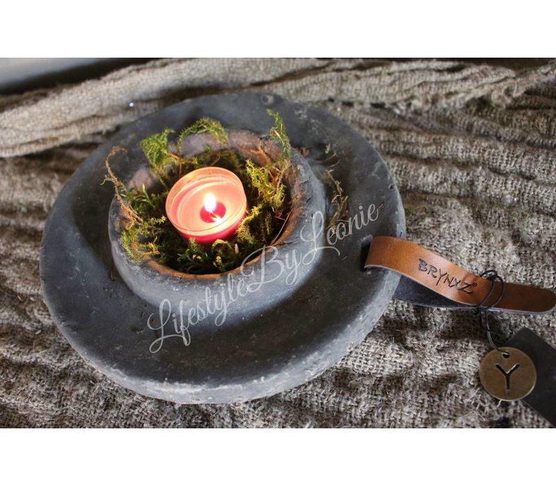 Majestic Brynxz betonnen waxinelichthouder - maat M