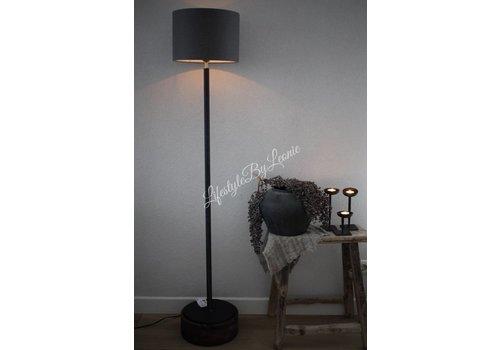 LifestyleByLeonie Vloerlamp mat zwart met ronde houten voet 127 cm