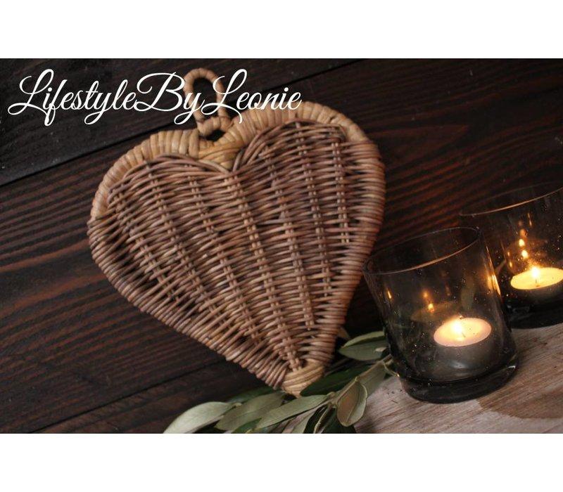 Rustic rattan hart 23 x 26 cm