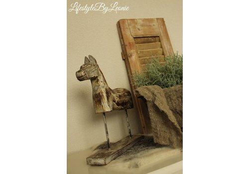 LifestyleByLeonie Oud houten paard op statief