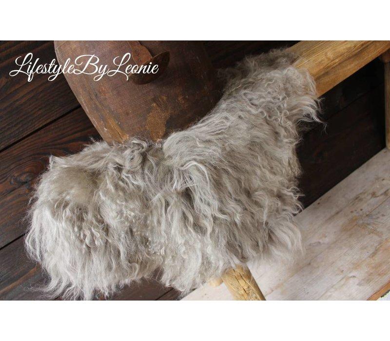 Tibetaanse lamsvacht grijs 40 cm