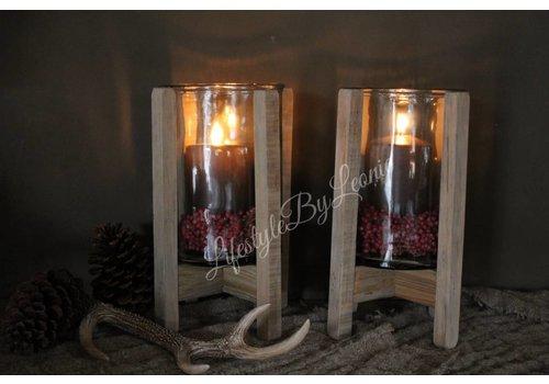 LifestyleByLeonie Hoge windlicht glas met houten voet 30 cm