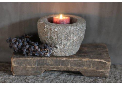 LifestyleByLeonie Oude stenen vijzel kandelaar