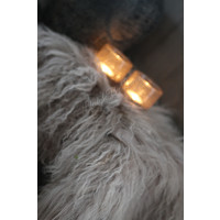 Tibetaans lamsvacht taupe 40 cm