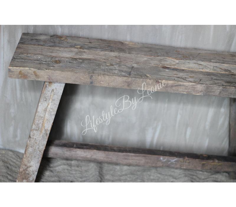 Aura Peeperkorn oud houten bankje 80 cm