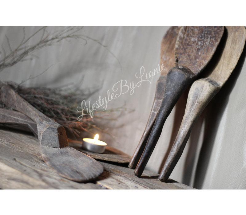 Aura Peeperkorn oude houten rijstlepel