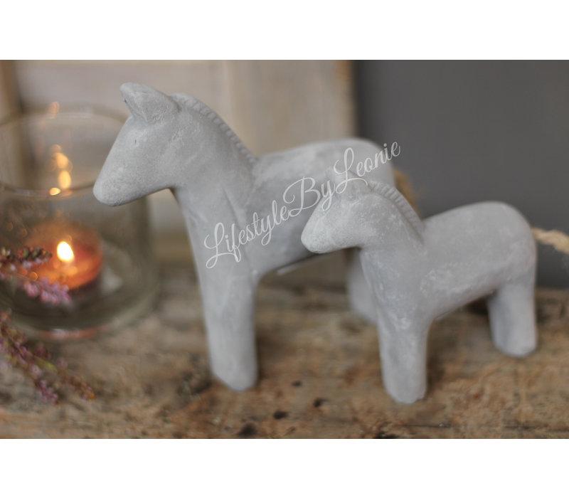 Betonnen paardje 12 cm