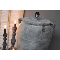Brynxz grote stenen kruik lamp met 2 oren 45 cm