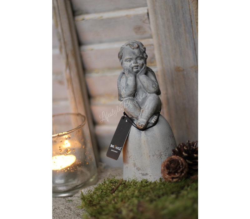 Brynxz stenen bel met engel 18 cm