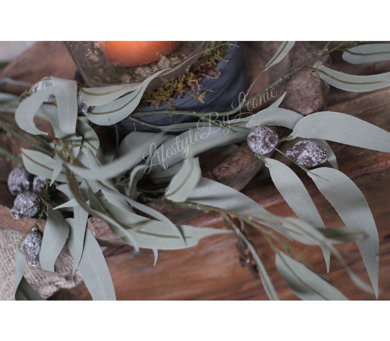 Zijden eucalyptus met vruchten tak 100 cm