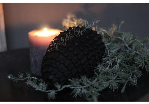 LifestyleByLeonie Sober ornament Nut zwart 15 cm