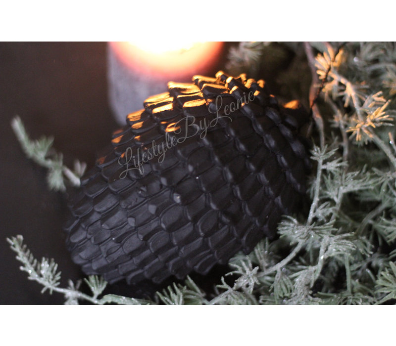 Sober ornament Nut zwart 15 cm