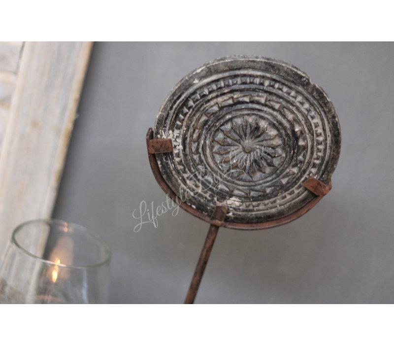 Oude mandala stempel op statief