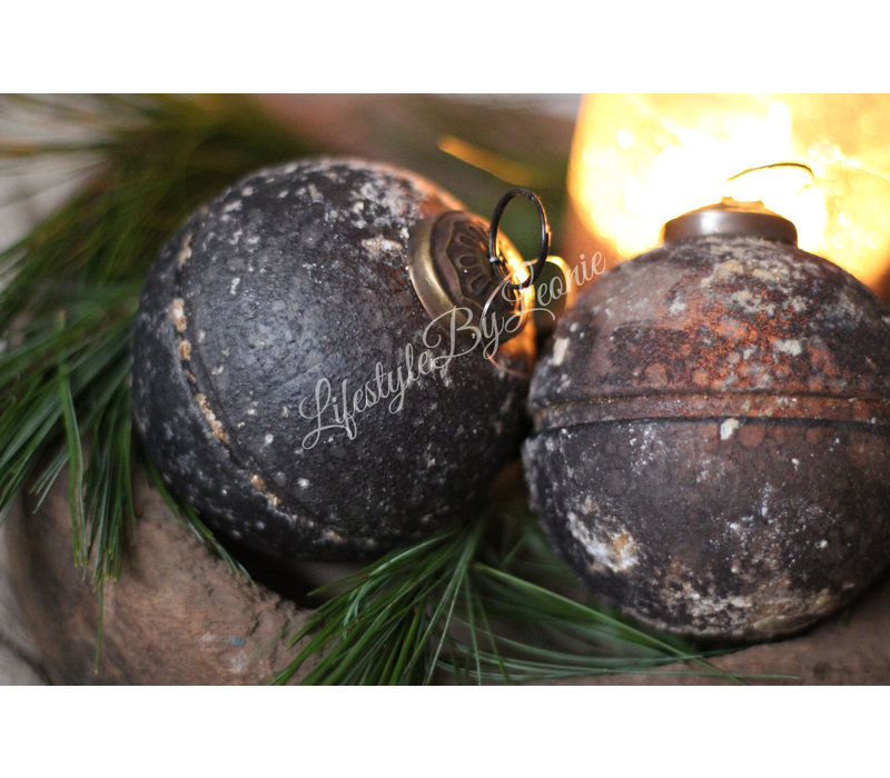 Sobere kerstbal Selected Old grey