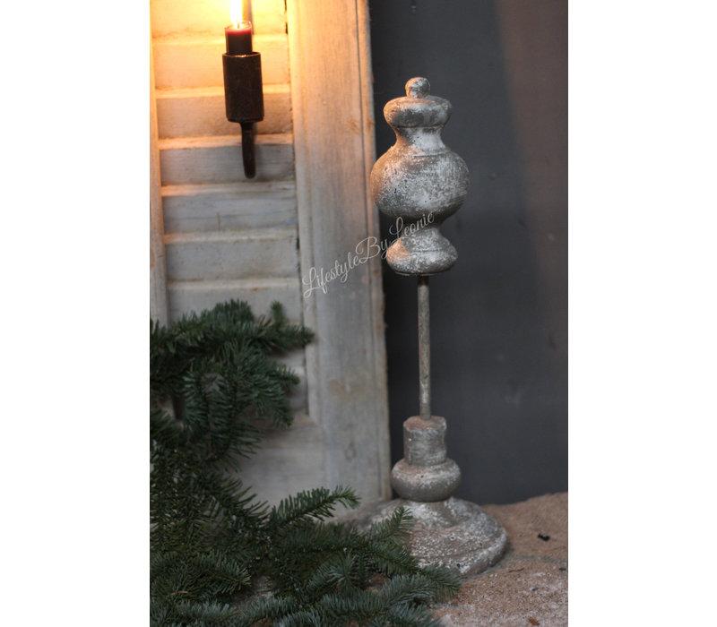 Sober grijs ornament op statief 40cm