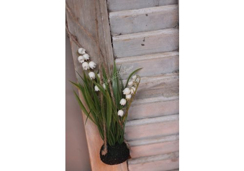 LifestyleByLeonie Namaak Lily of the valley op bol 22 cm