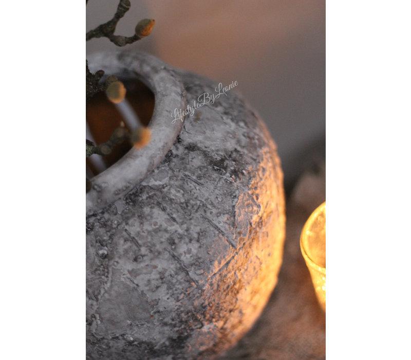 Kruik grijs bewerkt 23 cm
