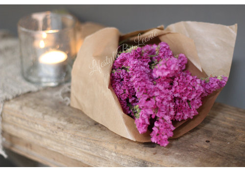 Bos gedroogde Statice fluor roze