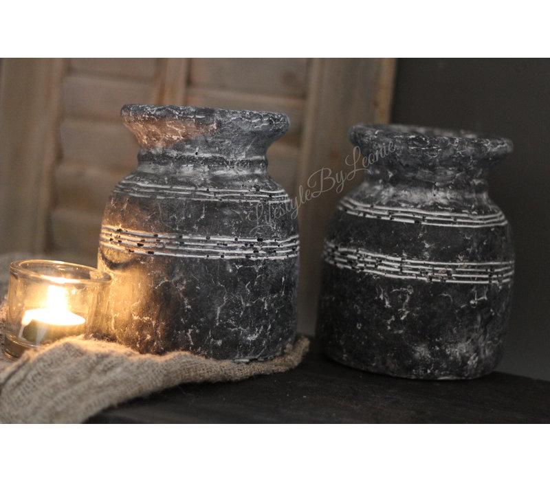 Stenen nepalees kruikje zwart / grijs 16cm